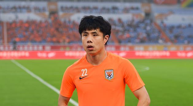 鲁媒:蒿俊闵本赛季不会去恒大,赛季结束后并非没可能