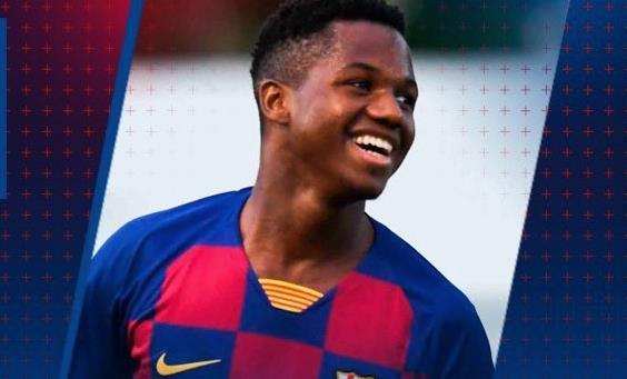 16岁298天,法蒂成为了在西甲历史上代表巴萨出场的第二年轻球员