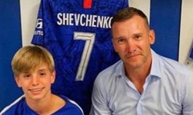 子承父业!舍瓦12岁儿子在切尔西青训学院训练