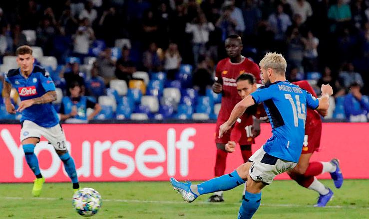 【战报】默滕斯点射,略伦特破门,那不勒斯2-0利物浦