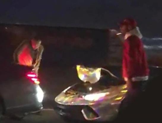 太阳报:奥巴梅扬周五曾遭遇车祸,本人无碍兰博基尼受损