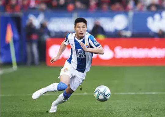武磊德转身价下跌至800万欧元,仍为中国球员最高身价