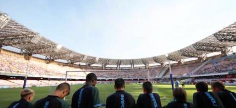 意媒:那不勒斯成为意甲首支不给非球员员工发薪水的俱乐部