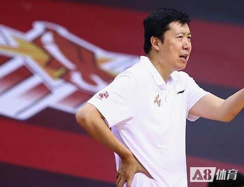 王治郅:北京打的更整体,我们有些队员反应比平时慢