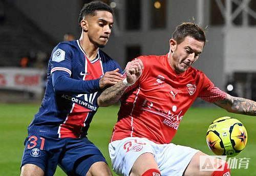 巴黎对阵尼姆共射门30次,创队史近7年来单场射门数新高