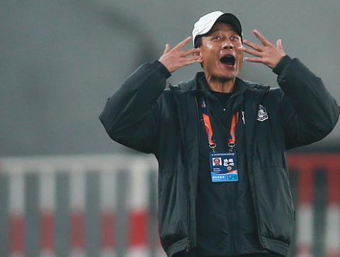 王宝山:2球落后时没什么可担心的,下半场我们防守做得不错