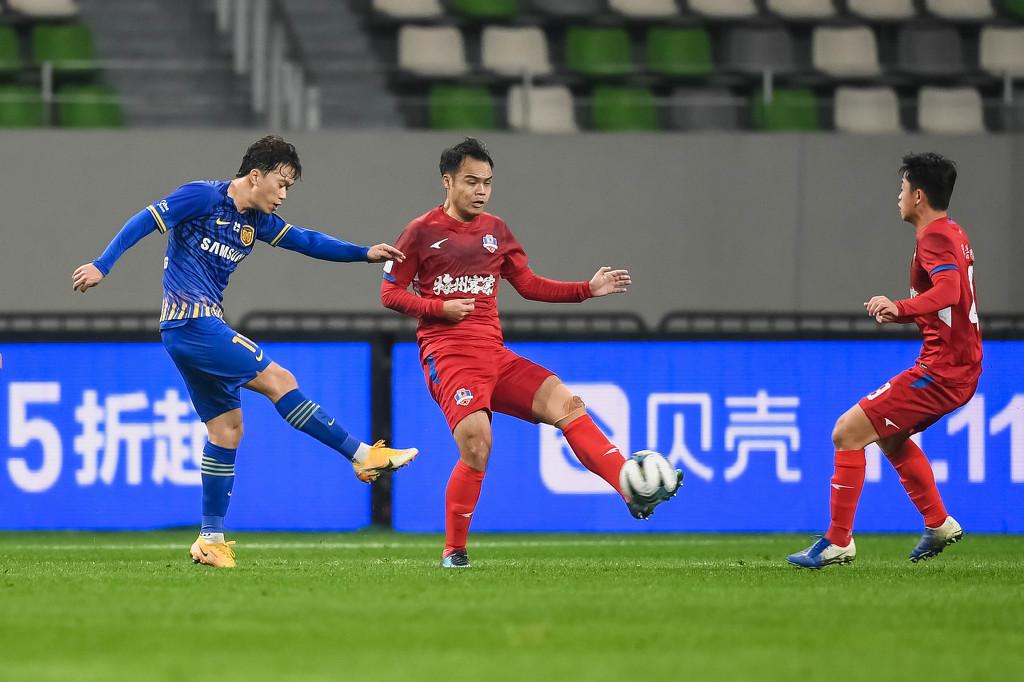 【战报】足协杯-张诚谢鹏飞各入2球 苏宁7-2大胜梅州晋级