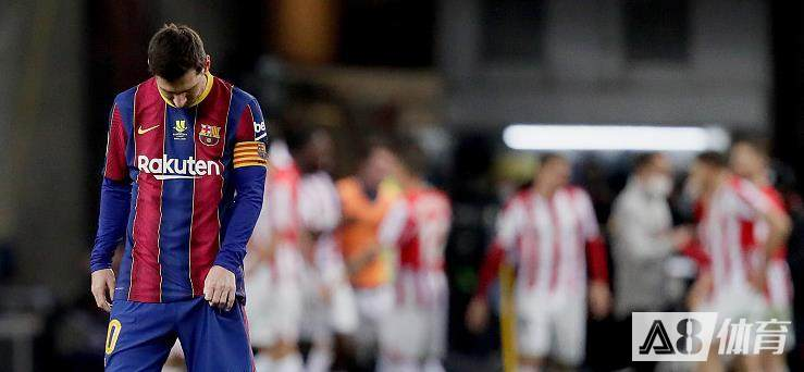 每体为西超杯决赛巴萨全队评分:梅西5分,格子获全队最高8分
