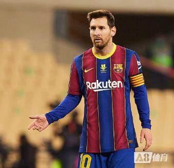 巴黎总监:梅西这样的伟大球星,永远都会出现在巴黎的名单中
