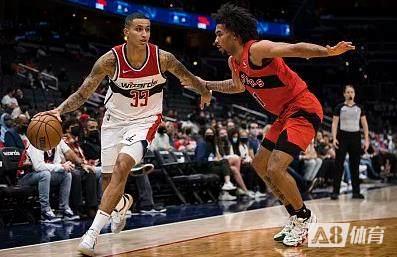 【战报】NBA季前-库兹马24+7比尔7分 奇才惨被猛龙逆转遭遇3连败